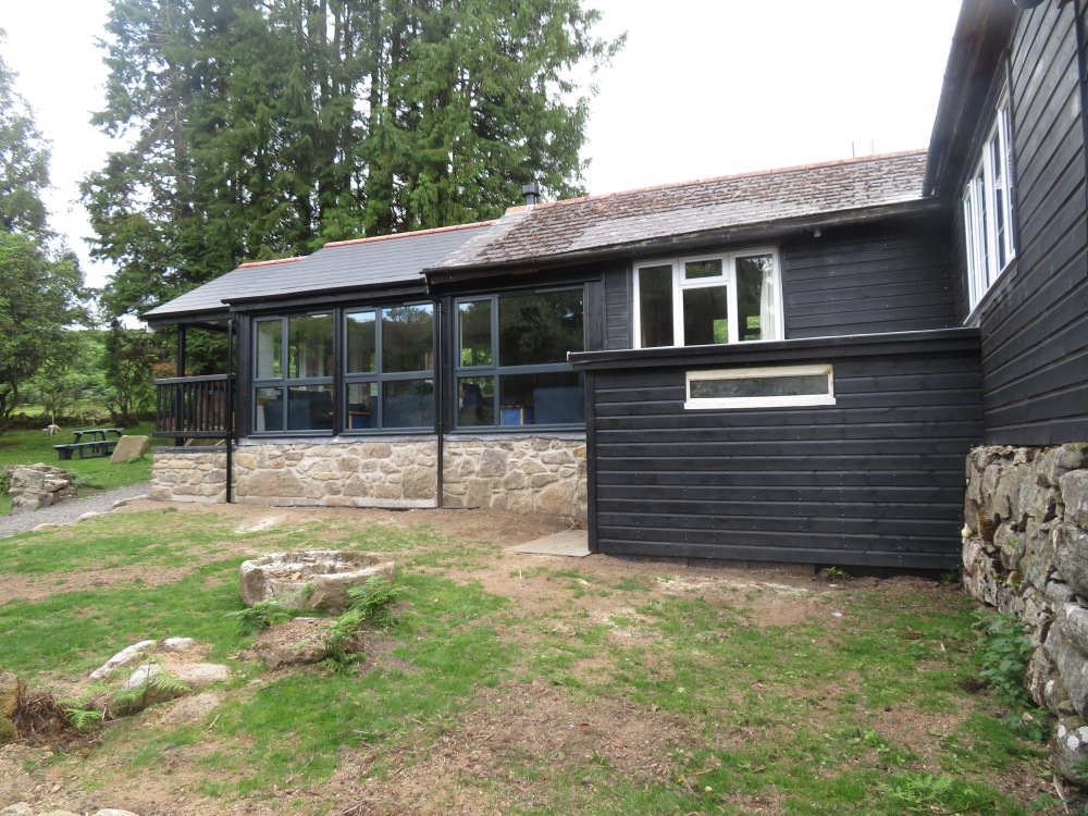 New garden room + shed with BBQ